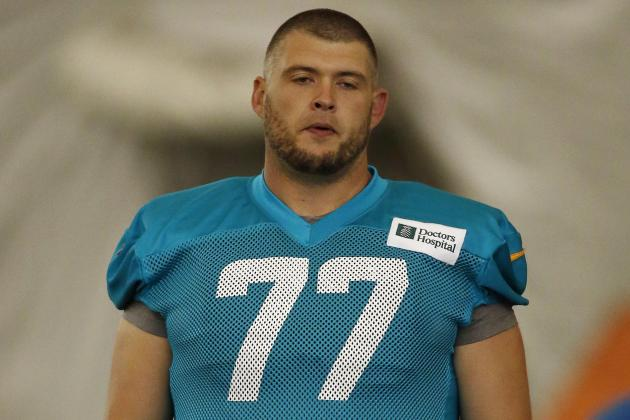 Dolphins Didn't Have Many OL Options During Offseason