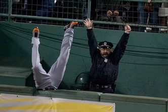 Detroit Tigers' Torii Hunter Is Upset with Celebrating Boston Bullpen Cop