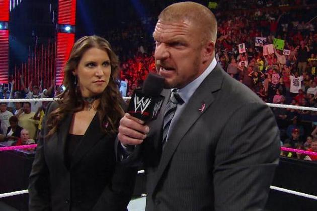 WWE Monday Night Raw: The Big Show Returns and New Tag Team Champions Crowned