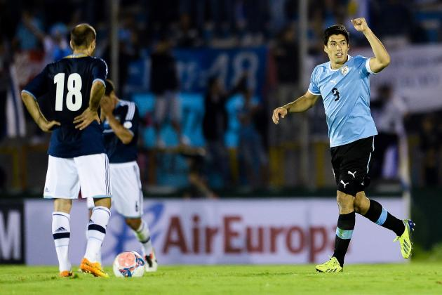 Luis Suarez Accused of Diving as Uruguay Book World Cup Play-off Spot