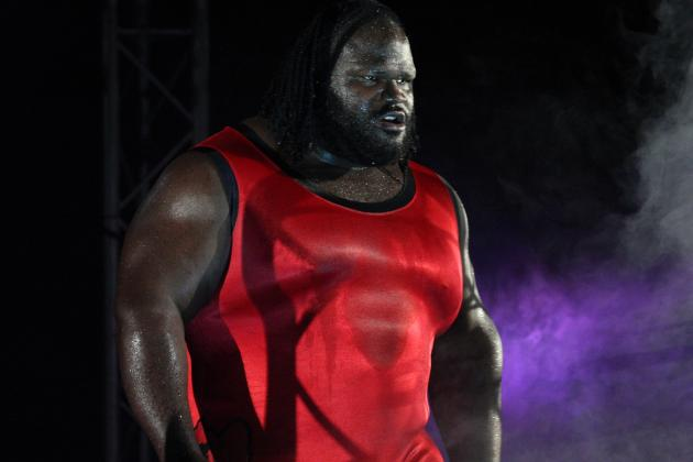 Mark Henry Returns to WWE at Survivor Series PPV After Hamstring Injury