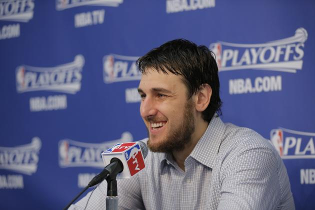 How an Andrew Bogut Extension Would Impact Golden State Warriors Future
