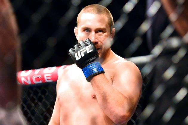 UFC FN 29's Mike Pierce Suffers 'Severe MCL Sprain' from Palhares