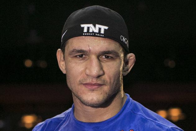 Junior dos Santos Suffered Facial Laceration, Received Stitches Ahead of UFC 166