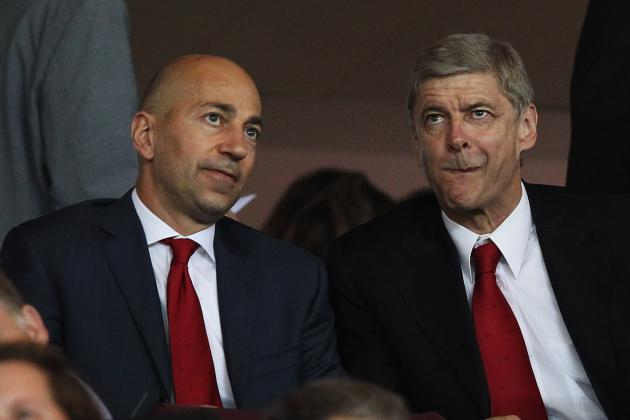 Arsenal AGM Notes on Luis Suarez, Robin van Persie, Mesut Ozil and More