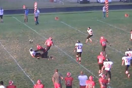 Kansas High Schooler Channels Jadeveon Clowney on Huge Block