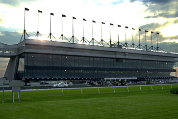 Meadowlands to Host Breeders Crown in 2014