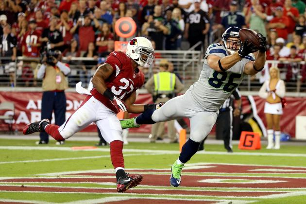 Wilson (3 TDs) Leads Seahawks Past Cardinals