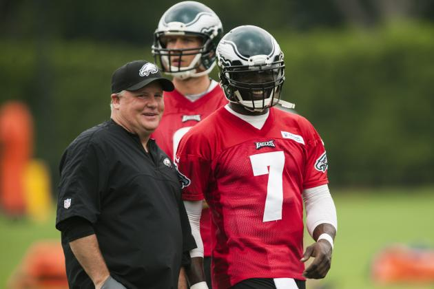 Michael Vick Setting an Example for the Philadelphia Eagles with His Leadership