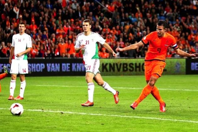 Robin Van Persie Injury Worry for Manchester United