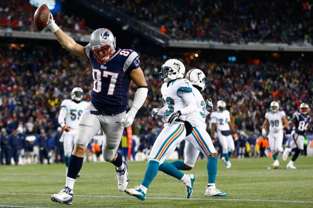 Rob Gronkowski: A Top-5 Fantasy Tight End in Week 7