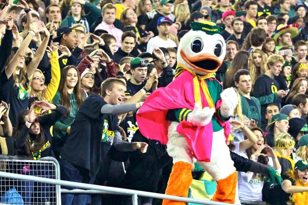 ESPN College GameDay Will Head West for Week 9 UCLA vs. Oregon Showdown