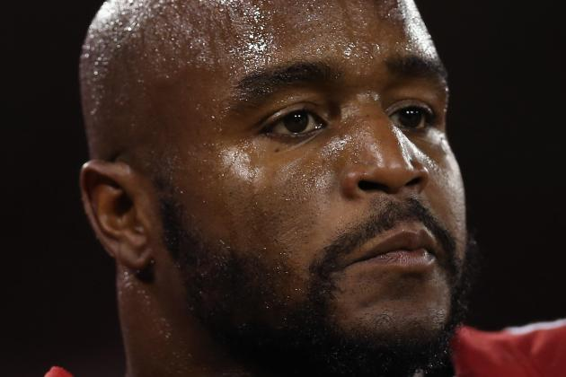 Donte Whitner (Knee) out Remainder of Game vs. Titans
