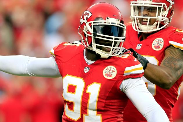 Tamba Hali Leaves It All Out on the Field for Chiefs