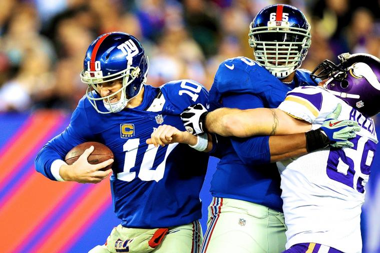 Jared Allen Reaches Around Giants O-Lineman to Sack Eli Manning