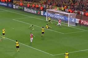 GIF: Olivier Giroud Smashes Home Arsenal Equaliser Against Borussia Dortmund