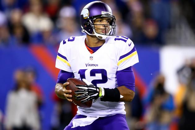 Breaking Down Josh Freeman's Vikings Debut and Where He Must Improve