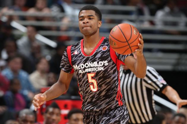 Cats' Andrew Harrison, Cards' Chris Jones Named to Cousy Award Watch List