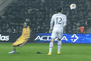 GIF: Vlad Chiriches Shows Skills with Overhead Flick Against Sheriff Tiraspol
