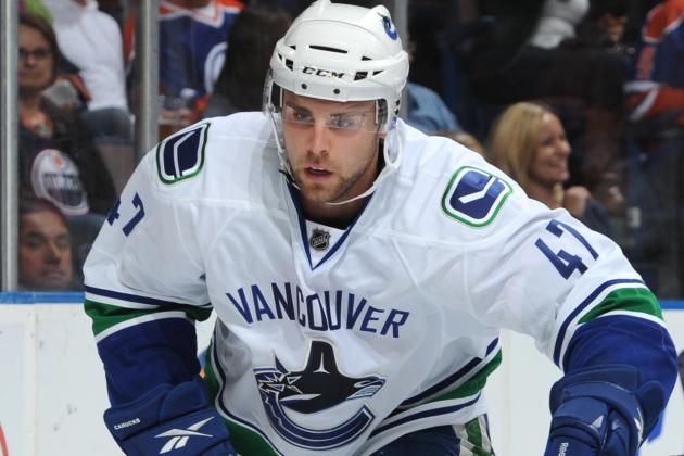 Canucks Recall Yann Sauve from Comets