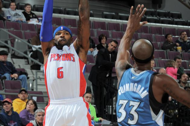 Video: Pistons' Josh Smith Clanks Home Buzzer-Beating 3