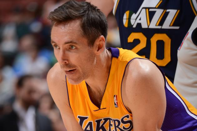 Steve Nash: 'My Neck Is Bothering Me'