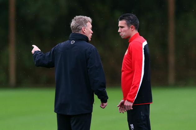 Manchester United Boss David Moyes Denies Robin Van Persie Rift Talk