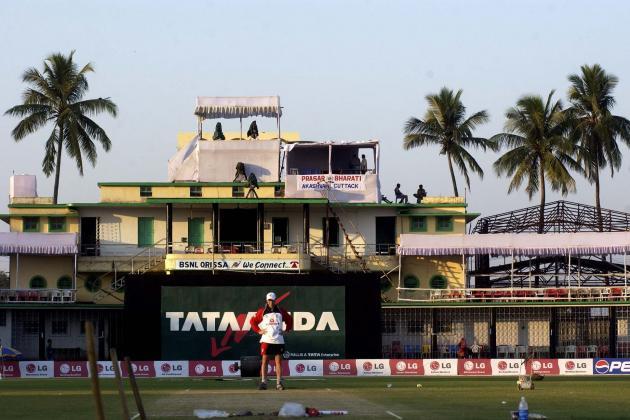 India vs. Australia Cricket 2013, 5th ODI Rained out in Cuttack