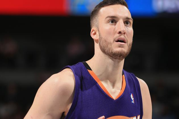Suns Exercise Options on Morris Twins, Plumlee