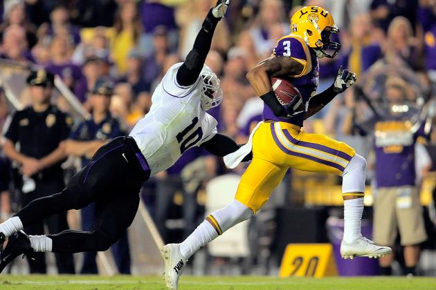 No. 13 LSU Dominates 2nd Half, Downs Furman 48-16