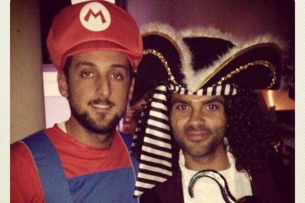 San Antonio Spurs Players Break Out Halloween Costumes