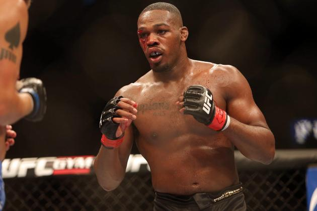 Jon Jones Makes Fat Joke About Daniel Cormier on Twitter, DC Responds