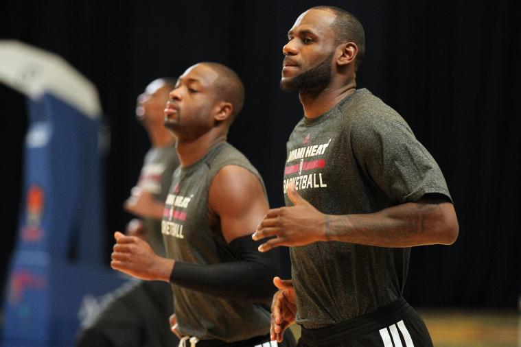 LeBron James and Dwyane Wade Work on Post Moves with Juwan Howard