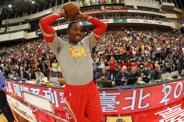 Dwight Howard Leaves Practice After Being Poked in Eye
