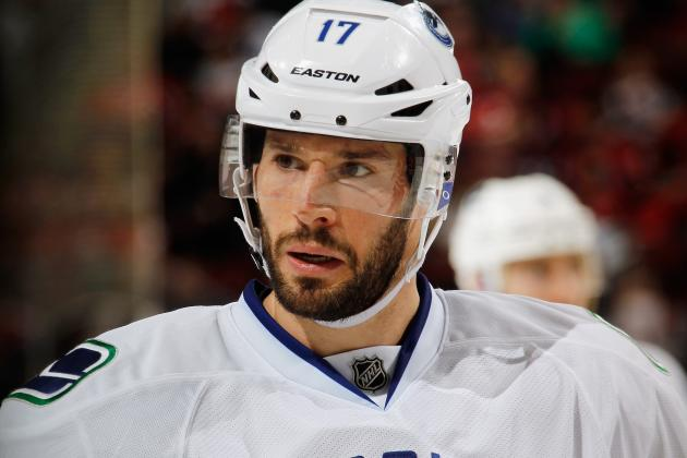 Burrows Will Concede Top-Line Spot to Kesler If That's What Coach Wants