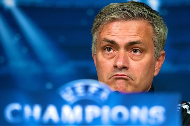 Mourinho Starts the Mind Games with Wenger as Chelsea Prepare to Face Arsenal