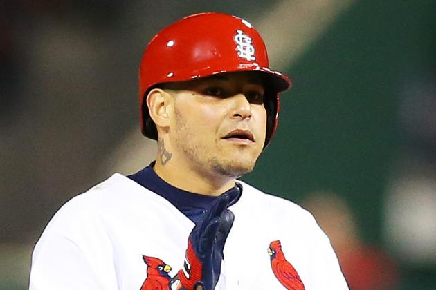 Cards' Molina Wins Sixth Straight Gold Glove