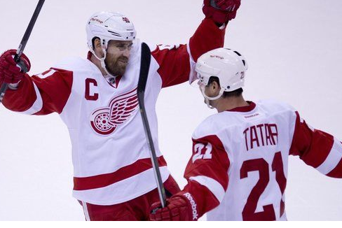 Red Wings 'Play the Right Way,' Rediscover Winning Formula