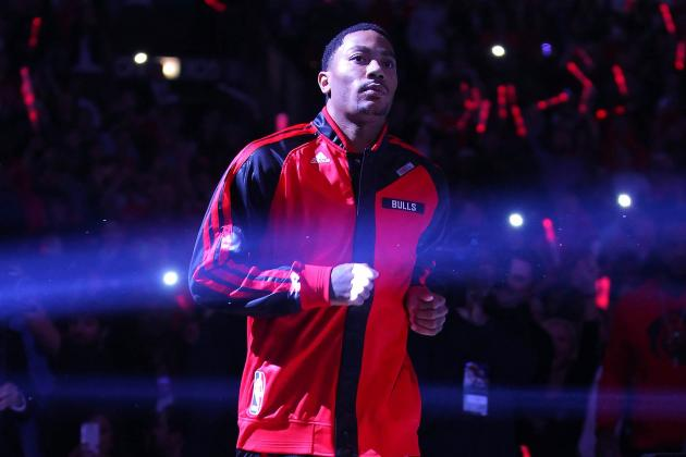 Derrick Rose Returns to United Center for First 2013-14 Regular-Season Game