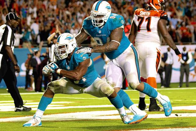 Miami Dolphins Save Season by Closing Game in Most Bizarre Way Possible