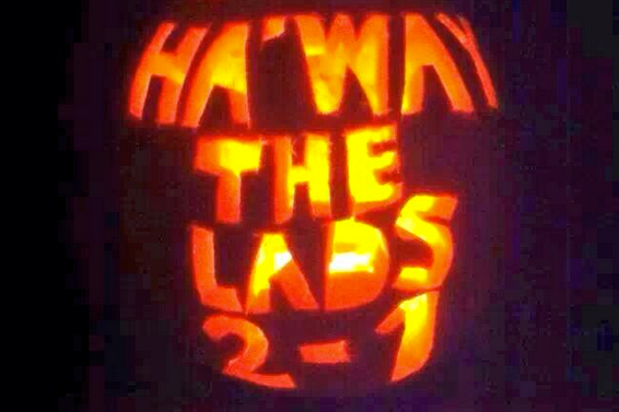 Sunderland Fan Uses Pumpkin to Troll Newcastle After They Beat Them