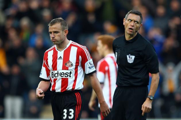 Sunderland Have 2 Sent off