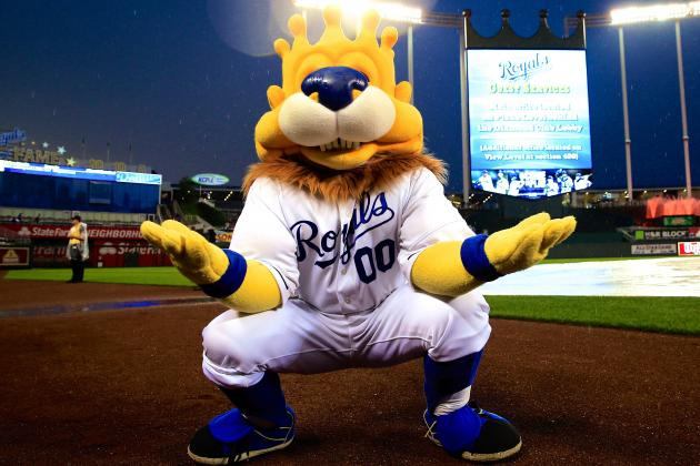 Fan Suing Kansas City Royals After Being Injured by Mascot's Hot Dog Throw