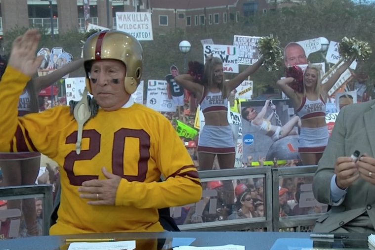 Best Signs from ESPN's 'College GameDay' Week 10