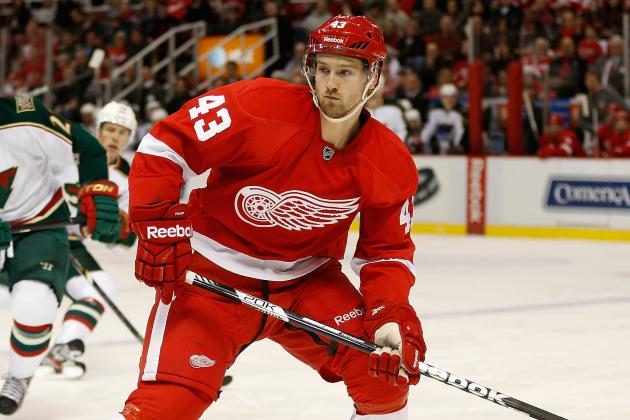 Red Wings Tap Darren Helm to Play Against Oilers