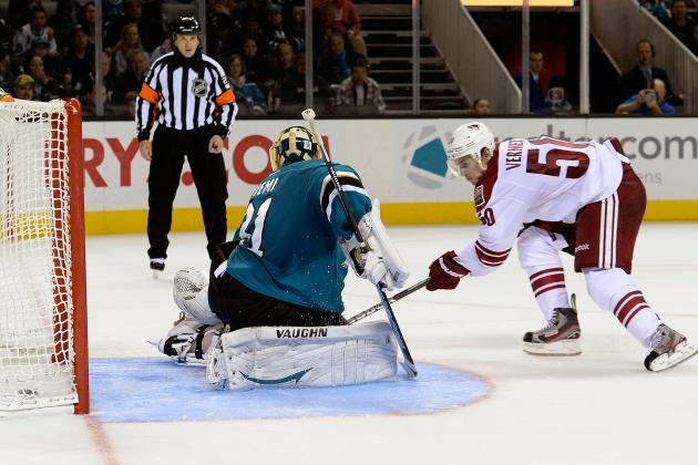 What's Causing the Phoenix Coyotes' Historically Hot Start in 2013-14?