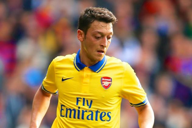 Is Mesut Ozil Struggling to Adapt to the Pace of the EPL?