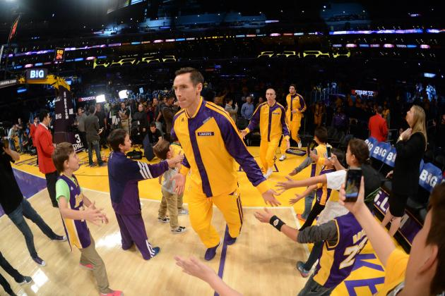 Lakers Rumors: Pros and Cons of Trading Steve Nash to Toronto Raptors