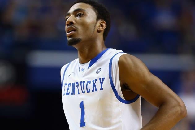 Video: Kentucky's James Young Accidentally Hit a 3-Pointer for the Other Team