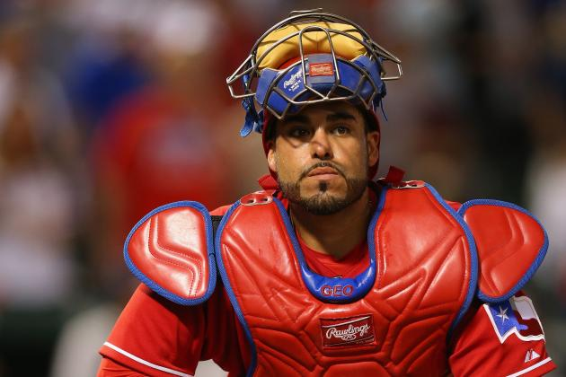 Rangers Re-Sign Geovany Soto